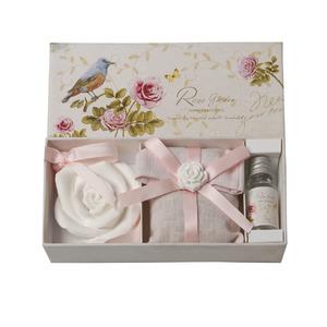 Купить Набор подарочный (аромат садовой розы)