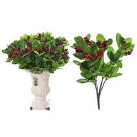 Декоративная ветка с ягодами