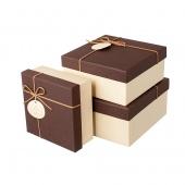 Коробка коричневая со шнуром, средняя